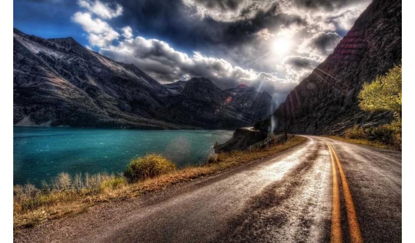 10 dintre cele mai frumoase (si periculoase) drumuri din lume